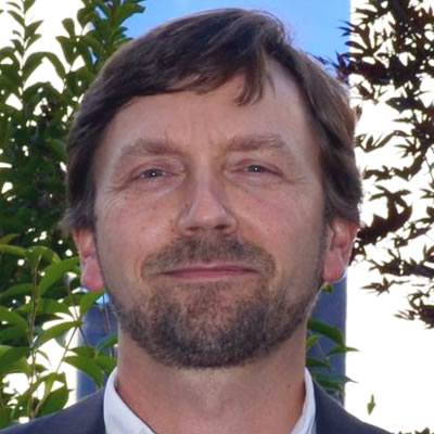 Professor Ralf Haese